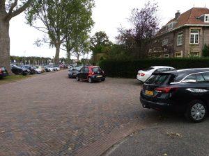 Hoekparkeren aan de Heinsiuslaan